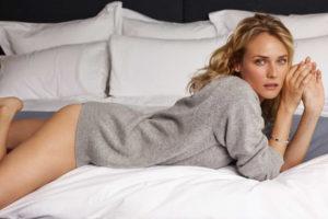 Diane Kruger sdraiata