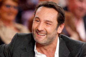 Gilles Lellouche sorriso
