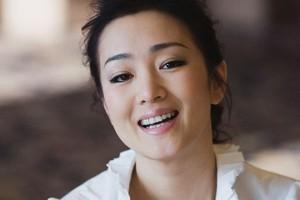 Gong Li Biografia