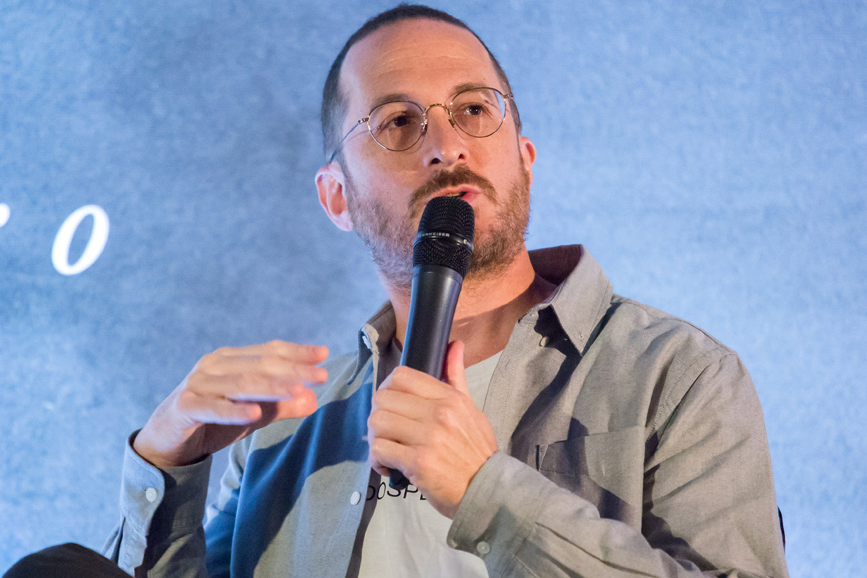 Darren Aronofsky MIcrofono