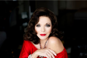 Joan Collins rosso