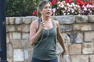 Jennifer-Aniston-foto-incinta