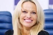 Pamela Anderson: un nuovo scandalo al sole