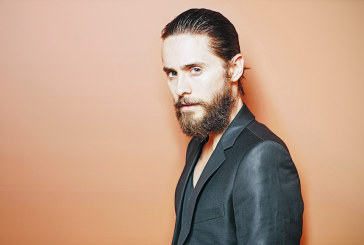 Jared Leto tra le conigliette di Playboy