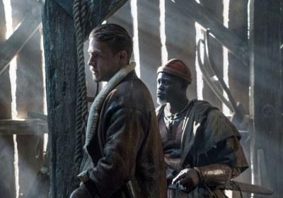 King Arthur – Il potere della spada5