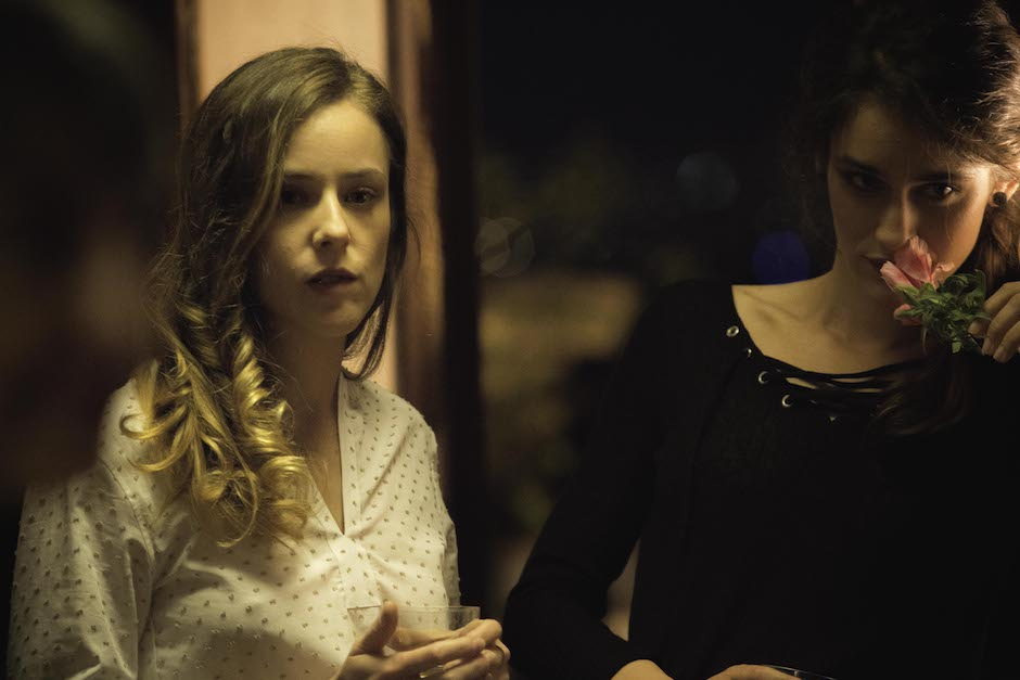 """Camilla Semino Favro e Valentina Bellè in """"Amori che non sanno stare al mondo"""""""