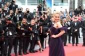Emilia Clarke: retribuzione alla pari con gli uomini